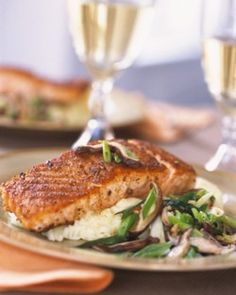 Clean Eating Fish Recipe Ingredients • 4 tilapia filets or grouper, halibut, mahi mahi or any other fish you want to use • 1/4 cup (EVOO) extra virgin olive oil • 3-4 cloves garlic, minced • 1 tsp...