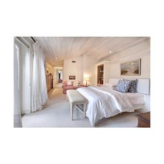 Young and restless. ❤ liked on Polyvore featuring bedrooms, houses, rooms, pictures and backgrounds