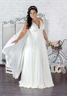 Plus Size Bridesmaid Dresses Trends Plus Size Brautjungfer kleidet Trends 2019 Plus Size Bridesmaid Dresses Trends 2019 – Loose fashion and elegant tips for women - Plus Size Wedding Gowns, Plus Size Gowns, Dress Plus Size, Fall Wedding Dresses, Designer Wedding Dresses, Party Dresses, Beach Dresses, Bridesmaid Dresses Plus Size, Curvy Bride
