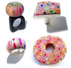 Comment recycler vos crayons de couleur en bijoux - Webzine Café Du Web