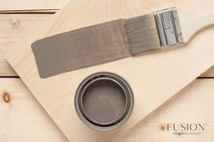 How to Get a Weathered Wood Look on Your Kitchen Table Top Using Paint & Stain Refinishing Kitchen Tables, Painted Kitchen Tables, Painted Coffee Tables, Furniture Refinishing, Paint Stain, Chalk Paint, Wood Stain, Paint Finishes, Coffee Table Makeover