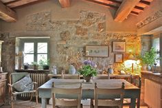 Love this dining area. Home in Umbria, Italy