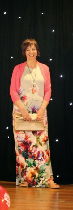 A wardrobe staple - Wallis maxi and shrug Wallis, Fashion Show, Fashion Tips, Wardrobe Staples, Sari, Stylish, Fashion Hacks, Saree, Fashion Advice