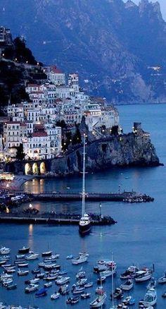 "janetmillslove: "" Amalfi Coast, Italy moment love """