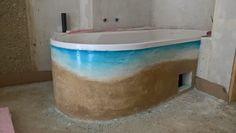 Badewannenverkleidung wieder mit Kalkputz ala Tadelakt Tadelakt, Bathtub, Bathroom, Cob Home, Timber Wood, Standing Bath, Washroom, Bathtubs, Bath Tube