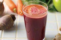 Como turbinar o bronzeamento com um suco natural rico em betacaroteno e antioxidantes