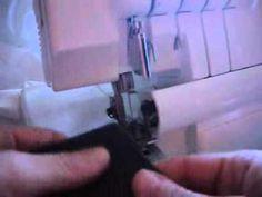 Video explicativo en el que se muestra cómo hacer paso a paso el dobladillo invisible overlock con la máquina overlock de Silvercrest.