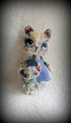 Mama Cat and Kitten cloth dolls by suziehayward on Etsy, $75.00   SOLD