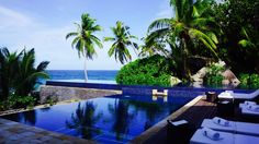 The holistic experience Seychelles Beach, Pool Images, Best Love Stories, Hotel Decor, Crystal Clear Water, Cool Pools, Dream Decor, Decorating On A Budget, Water Features