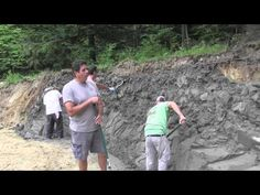 Building a Large StoneMakers Retaining Wall - YouTube