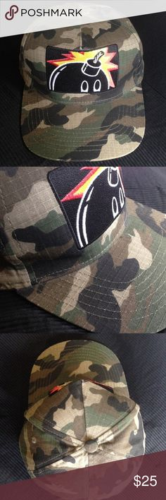The Hundreds Camouflage SnapBack Hat This is a very lightly used hat. There is no damage or discoloration of any kind (no gross sweat stains either). Made of ripstop material so it's very durable. I believe it was released way back in the fall of 2008. The Hundreds Accessories Hats