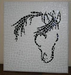 """Mosaïque """"tête de cheval noir"""" sur fond blanc : Décorations murales par latelierdesamantha"""
