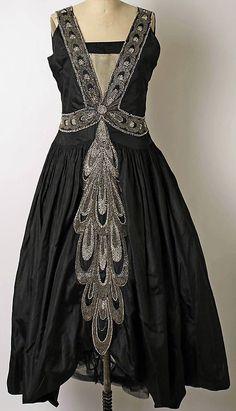 Jeanne Lanvin - Robe du Soir - Broderies de Perles et Strass - 1923