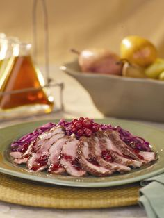 Grilled Duck with Currant Sauce & Red Cabbage Salad Red Cabbage Recipes, Red Cabbage Salad, Duck Recipes, Game Duck, Red Currants, Quail, Pheasant, Holiday Treats, Poultry