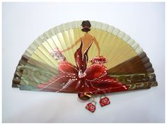 Risultati immagini per abanicos pintados a mano Hand Held Fan, Hand Fans, Chinese Fans, Fan Decoration, Painted Toes, Vintage Fans, Umbrellas Parasols, Learn To Paint, Beautiful Hands