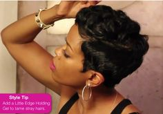 For this episode of her hit DIY hair series, Mane Taming, actress Malinda Williams shows you how to create soft sculpted curls and waves with a sexy short hair cut. WATCH: Mane Taming #14- Creating...