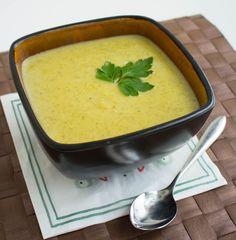 Broccolisoppa Veggie Recipes, Soup Recipes, Vegetarian Recipes, Veggie Food, Zeina, Lchf, Cheeseburger Chowder, Thai Red Curry, Stew
