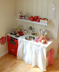 The cutest Play Kitchen EVER!! EVERYTHING is in miniature! Too cute!