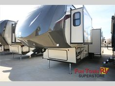 New 2015 Forest River RV Wildwood Heritage Glen 368RLBH Fifth Wheel at Fun Town RV | Cleburne, TX | #135477