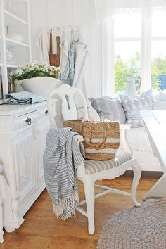 Realistically what my imperfect cottage will look like.  VIBEKE DESIGN: THANKS!
