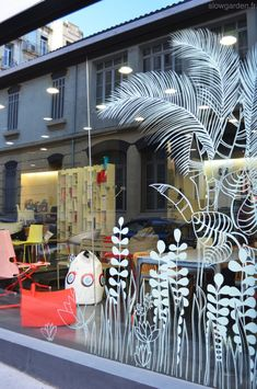 Spring window display, store window displays, concept shop, window paint, c Spring Window Display, Window Display Retail, Retail Displays, Shop Displays, Merchandising Displays, Sticker Vitrine, Window Markers, Vitrine Design, Window Graphics
