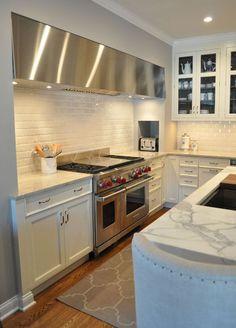 traditional kitchen by Rebekah Zaveloff