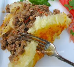 Pastel de Yuca con Carne (Cassava and Beef Casserole)