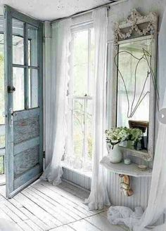 Love this door and everything around it!