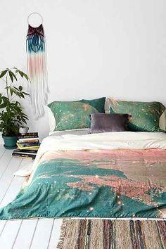 #UOonCampus #UOContest this bed is beautiful!