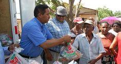 Comedores Económicos lleva operativo alimenticio a varias comunidades de Bahoruco