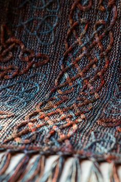 Lindisfarne pattern by Lucy Hague : This is the second design in Illuminated Knits, a series of patterns inspired by illuminated Celtic manuscripts, using beautiful shades of Malabrigo yarn. Knitting Blogs, Knitting Stitches, Knitting Patterns Free, Knitting Yarn, Knit Patterns, Free Knitting, Knitting Projects, Crochet Projects, Toddler Quilt