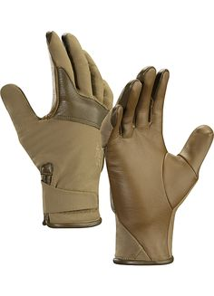 Cold WX Glove LT Men's Lightly insulated softshell glove.