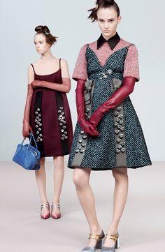 Prada Fall / Winter 2015 Advertising Campaign by Steven Meisel  http://dresscodehighfashion.blogspot.de/2015/08/prada-fall-winter-2015-womenswear.html