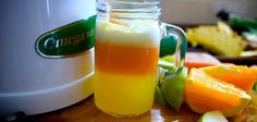 This simple juice recipe is all you need to gain relief from painful joints, legs and spinal problems. When I started juicing and getting more into raw foods, my back pain completely disappeared, and I no longer had to see the chiropractor. Easy Juice Recipes, Diabetic Recipes, Raw Food Recipes, Low Carb Recipes, Healthy Recipes, Cleanse Recipes, Healthy Foods, Instant Recipes, Eating Raw