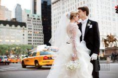 #44 #New York #Wedding #Photoshoot #Bride #Groom #Bouquet #Kiss #Love