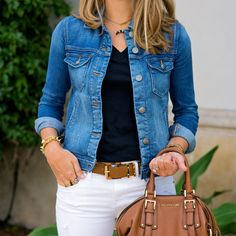 J's Everyday Fashion provides outfit ideas, budget fashion, shopping on a budget, personal style inspiration, and tips on what to wear. Jean Jacket Outfits, Denim Jacket Fashion, Spring Fashion Casual, Spring Outfits, Pretty Outfits, Cute Outfits, Pretty Clothes, Js Everyday Fashion, Casual Outfits