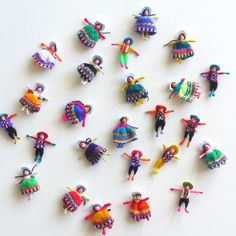 Coya Worry Dolls Latin American Bulk Lot of by sweetllamasupplies Worry Dolls, Kinds Of Colors, Tiny Dolls, Tiny Treasures, Textiles, Art Lessons, Art Dolls, Jewelry Crafts, Arts And Crafts