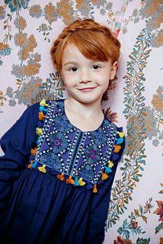 Idea for the Oliver + S Hide-and-Seek Dress, Antik Batik : Soleil d'Hiver / Collection Automne-Hiver 2013 Fashion Kids, Little Fashion, Dresses Kids Girl, Kids Outfits, Kid Styles, Beautiful Children, Kind Mode, Kids Wear, Baby Dress