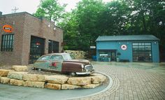 Mike Wolfe   American Pickers   Antique Archaeology   History Channel