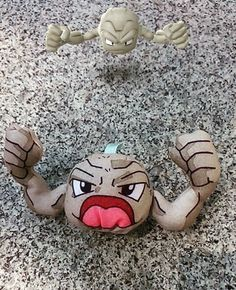 Playing #PokemonGO... #pelucheando #peluches #peluche #Geodude #Pokemon #softtoys #plush #softies #instatoys