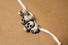 Tutorial: Polymer Clay Skull Necklace
