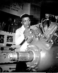 US Navy WAVE Apprentice Seaman Frances Bates, 1945 ~