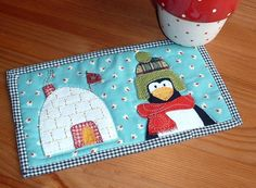 Winter Home Mug Rug by The Patchsmith   Quilting Pattern