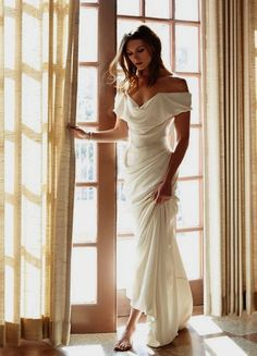 Vivienne Westwood Kleider, Vivienne Westwood Wedding Dress, Dream Wedding Dresses, Bridal Dresses, Wedding Gowns, Bridesmaid Dresses, Wedding Hair, Spring Wedding Dresses, Spring Weddings
