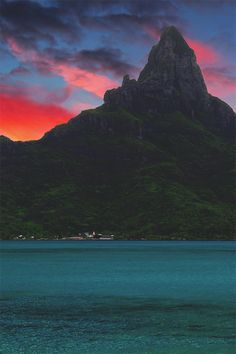 The Pearl of the South Pacific - Bora Bora, French Polynesia - http://500px.com/photo/72046977/the-pearl-of-the-south-pacific-by-urbancyclops-?from=user