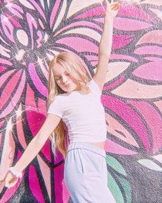 Dance Moms Season 8, Just Add Magic, Little Girl Models, Dance Moms Girls, Special Pictures, The Best Is Yet To Come, Teenager Outfits, Celebs, Celebrities