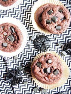 Dr. Sugar: Lakritsi-suklaakeksit/Liquorice chocolate cookies