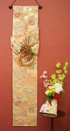 Handmade Wall Decoration of Japanese Formal Sash -Classical Design (Fukuro -Obi) - Nippon Tomodachi