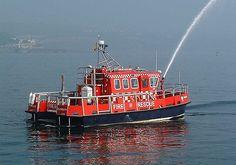 Devon Fire and Rescue Service (UK) 'Vigiles' #fireboats #rescue #UK #emergency #marine #setcom
