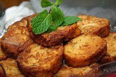 Rabanadas na AF Philips Walita (por Mara Regina Mendes Meneghin)     Fatias de pão amanhecidos passadas no leite com açucar e depois ...